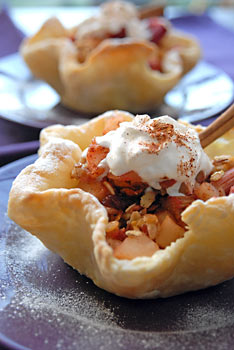 Gingered Rhubarb Apple Crisp In Pastry Cups