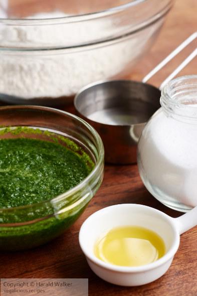 Spinach pasta ingredients