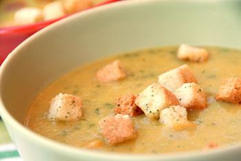 Armenian apricot and lentil soup « Vegalicious Recipes