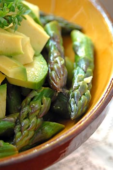Warm asparagus and avocado salad