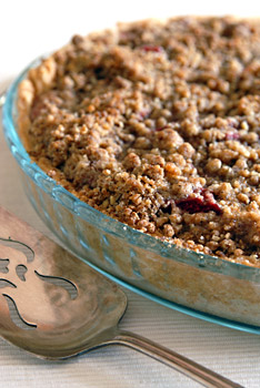 Strawberry & Rhubarb Pie with Streusel Topping