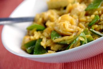 Tofu, sugar snap peas and banana risotto