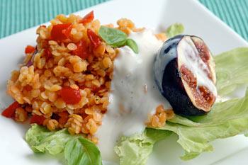 Red lentil salad with grilled fig