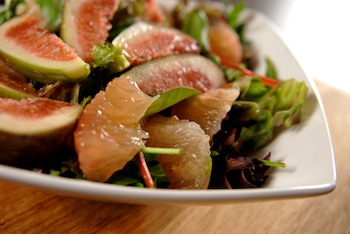 Fig and grapefruit salad with mango ginger dressing