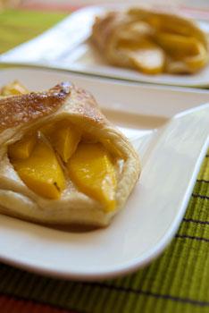 Mango and vegan cream cheese Danish
