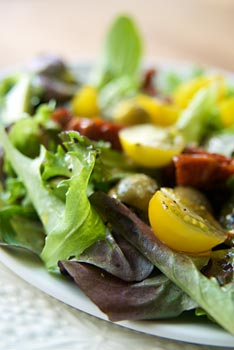 Mixed salad with poppy seed dressing