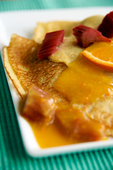 Orange and rhubarb crepes