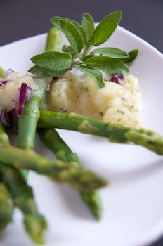 Asparagus with Potato Dressing