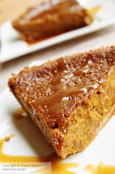 Pumpkin Pie with Gingersnap Crust and Bourbon Sauce