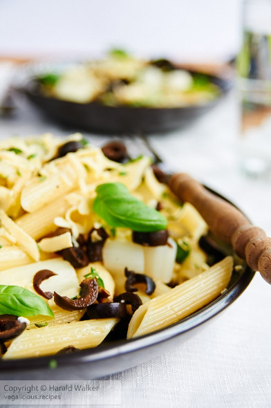 Penne Pasta with Asparagus, Black Olives, Basil and Soy Cheese