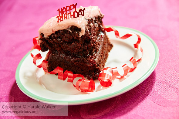 Chocolate Beetcake with Raspberry Filling and Frosting