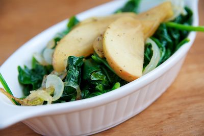 Sauteed Spinach with Apples and Onions