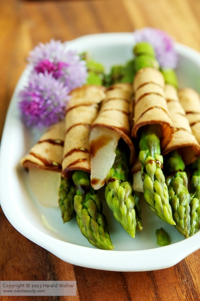 Asparagus and Pears Wrapped In Vegan Cold Cuts