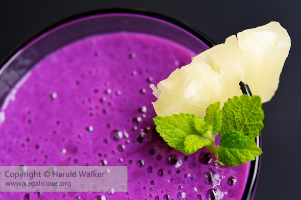 Blackcurrant & Pineapple Smoothie