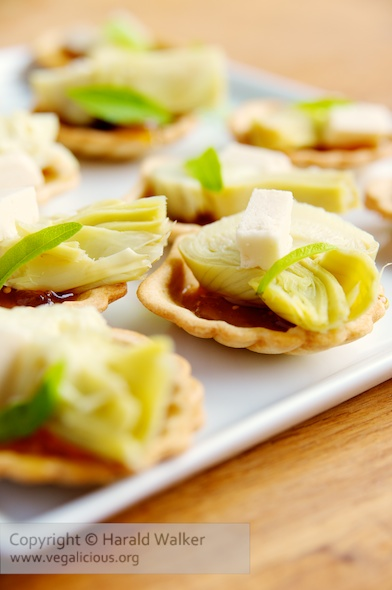 Fig and Artichoke Bites with Soy Cheddar