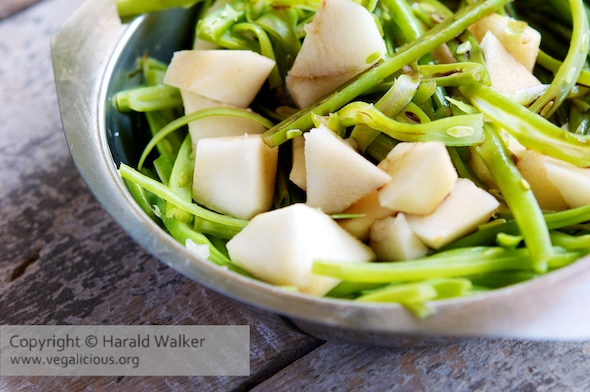 Fresh Green Beans and Pears