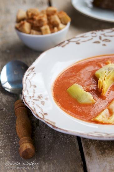 Vegan Tomato Artichoke Soup