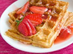 Quinoa waffles with strawberries