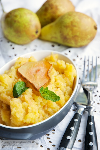 Mashed Rutabaga and Roasted Pears