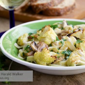 Vegan Pasta Alfredo with Roasted Cauliflower and Mushrooms