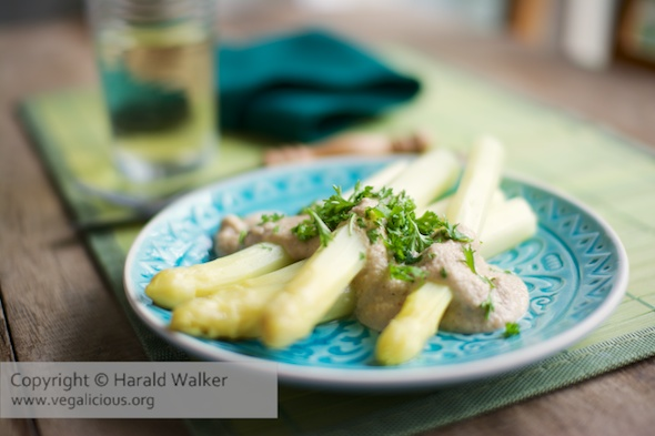White Asparagus with Cashew Sauce