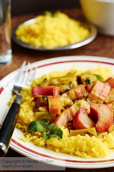 Persian Stew with Rhubarb-Seitan