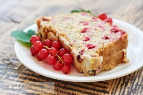 Redcurrant Poppy-seed Bread