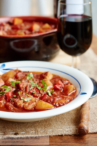 Hungarian Goulash (vegan)