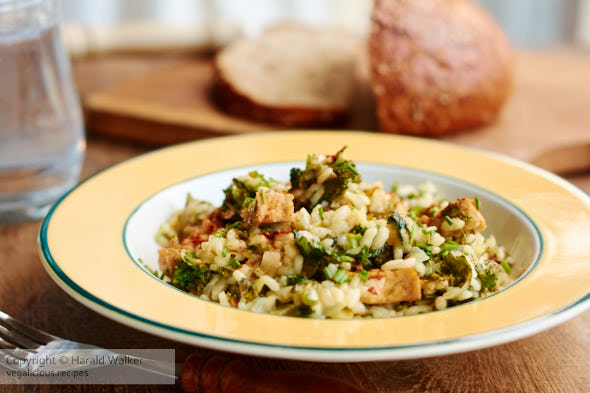 Kale Risotto with Spicy Tofu Pieces