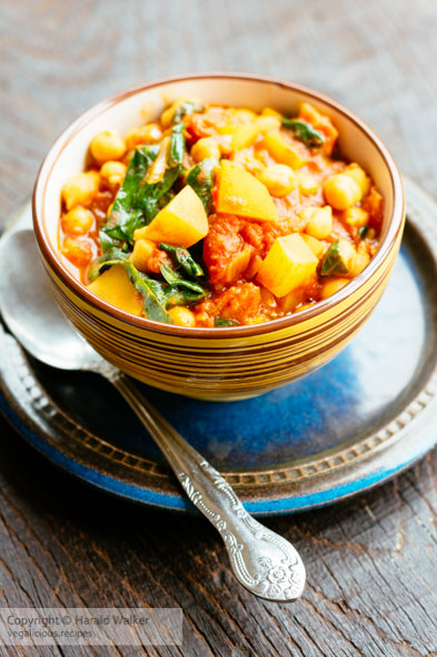 Andalusian Chickpea and Spinach Soup