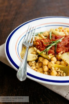 Farro with Chickpeas and Artichokes with Tomato Sauce