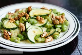 Broad bean & courgette salad