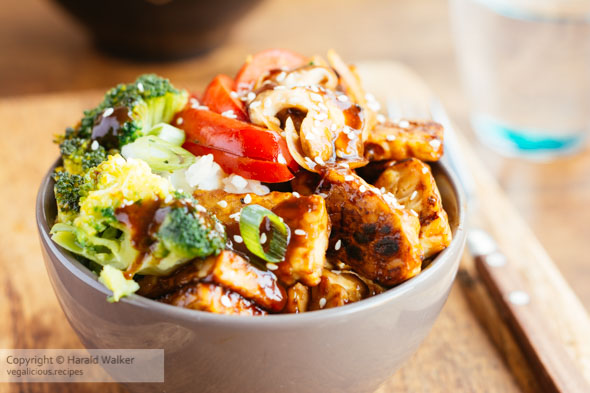 Tempeh, Shiitake, Broccoli Bowl